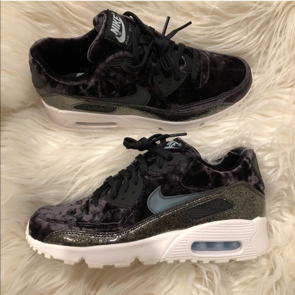 brand new 0329f cd055 🎗OFFER TODAY🎗 Nike Air Max 90 Pinnacle QS